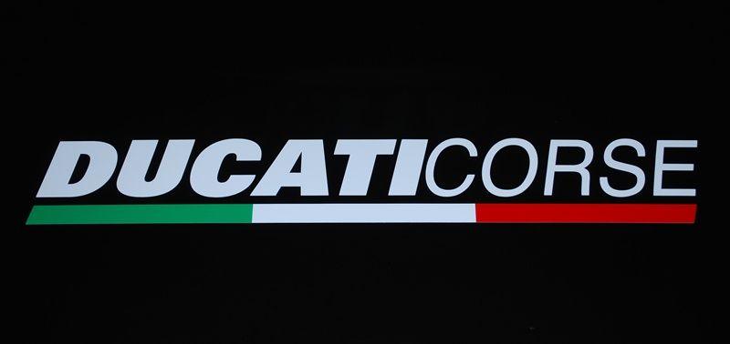 Ducati Corse Aufkleber Tricolore mit Flagge 120mm